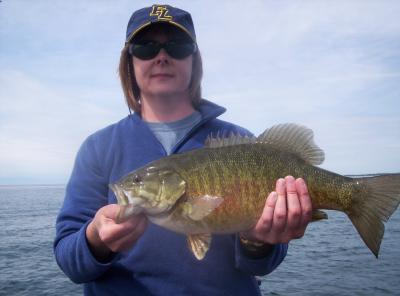 Deep water smallmout bass fishing on lake erie 101 for Deep water bass fishing