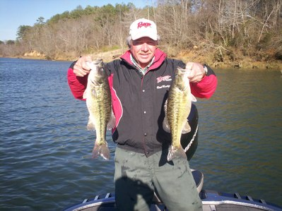 Big winter spotted bass on alabama 39 s lay lake for Lay lake fishing report