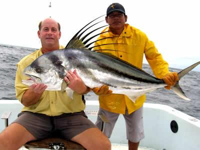 Rooster fishing in guanacaste for Rooster fish pictures