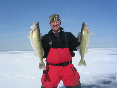 Lake Erie walleye ice fishing with Erie Quest