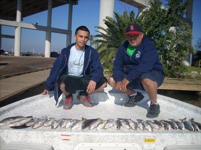 Galveston bay fishing report 12 11 09 for Galveston fishing report seawolf park