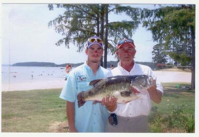 Second biggest bass ever on toledo bend for Joe joslin fishing report